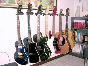 dove le metto? | laster guitar - Armadio Per Chitarre